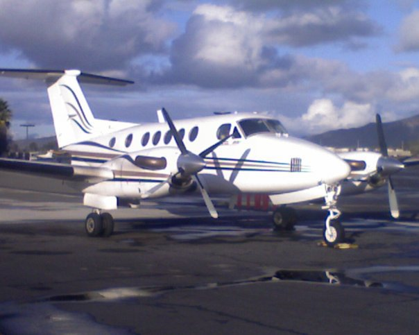 Beechcraft King Air B200-ferry-pilot-california-to-florida