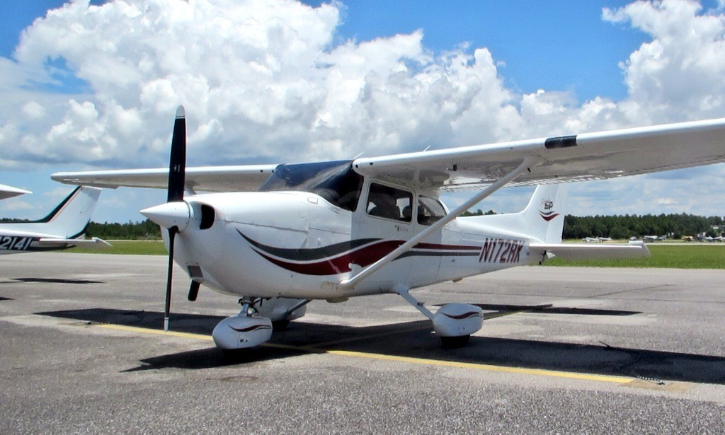 cessna-172-ferry-texas-to-florida-ferry-pilot-needed-national-pilot-services-aircraft-delivery-cessna-beechcraft-piper-mooney-cirrus-service
