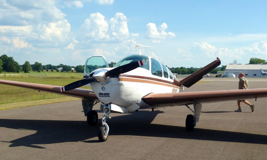 Beech-beechcraft-b35-b36-bonanza-vtail-ferry-from-New-hampshire-to-tennessee-ferry-pilot-service-needed-c172-cessna-c182-c210-c150-cirrus-piper-mooney