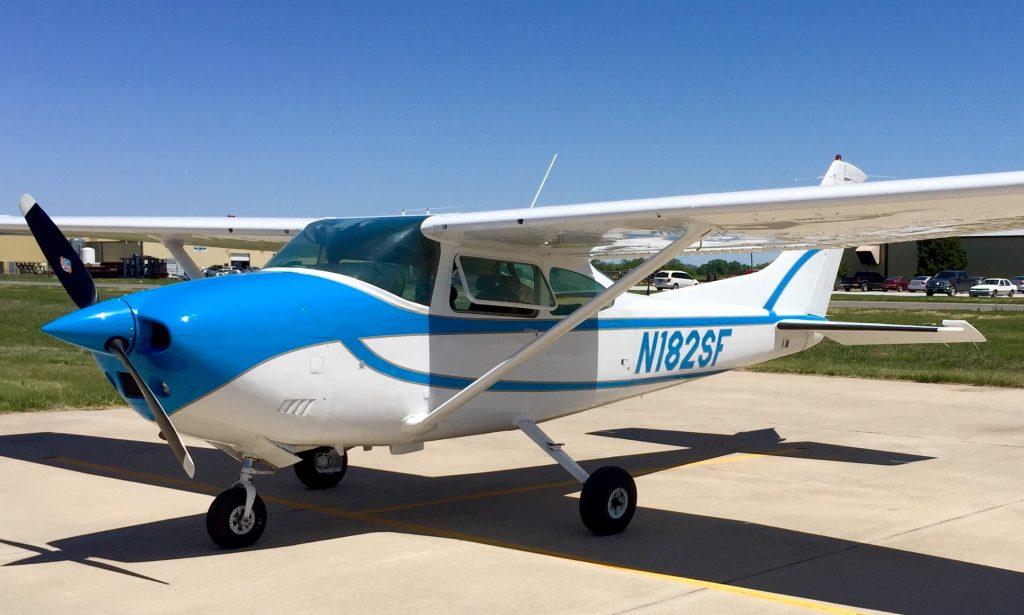 Cessna-182-c182-N182SF-ferry-pilot-flight-from-Virginia-to-kansas-ferry-pilot-needed-professional-service-beech-beechcraft-cirrus-mooney-piper